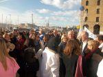 Sylvie Andrieux soutient les manifestants contre la fermeture de la clinique Beauregard.